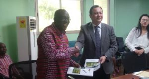 Mr kwadwo Owusu Afriyie(left) and Mr Liu Zhirong(right)